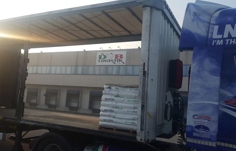 DVB logistik furgone carico laterale