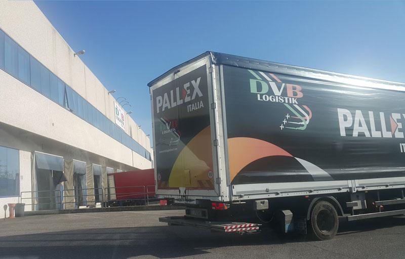 DVB Logistik furgone - motrice al carico